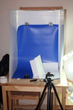 Create a Flat-Fold Light Tent Using Coroplast