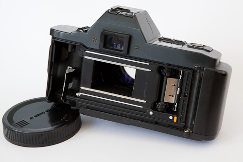 Convert Your Old Camera To A Backdrop Projector In 10 Easy Steps