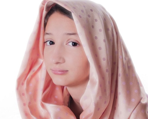 DIY Lastolite Hilite - celine headscarf