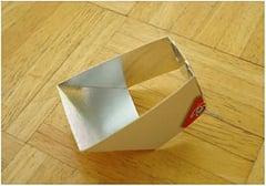 Use A Bonbon Box To Create A DIY Lightscoop