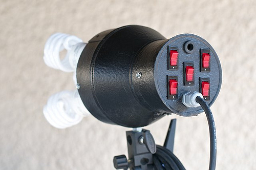 Build A Cfl Based Continuous Light Source Diy Photography