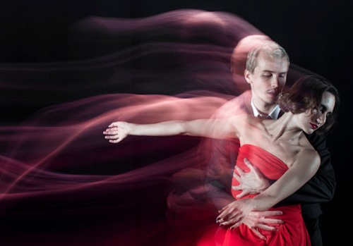 How To Capture Motion Trails While Freezing Subjects Using Shutter Drag