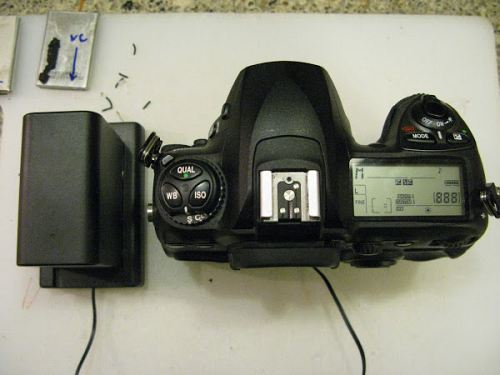 DSLR Powered by External High Capacity Battery