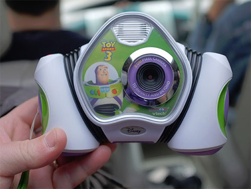 David Hobby vs. Buzz Lightyear (The Camera) - A Close Tie