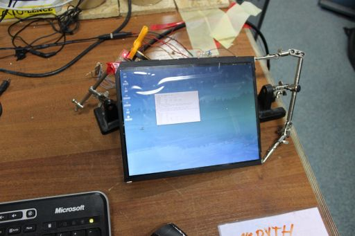 Connecting an iPad retina LCD to a PC