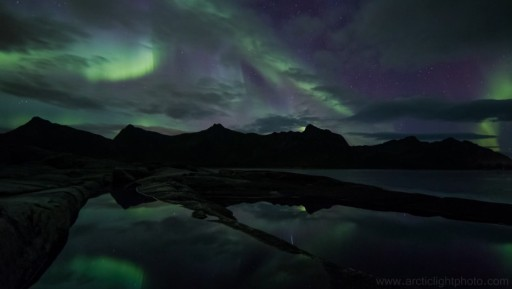 Breath Taking Time Lapse Showing How Beautiful The Aurora Borealis Is