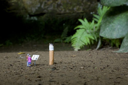 Photographs Of Little People Show An Alternate World Hidden In The Streets