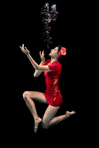 Underwater Fashion Portrait Underwater Photography JP Danko Toronto Commercial Photographer