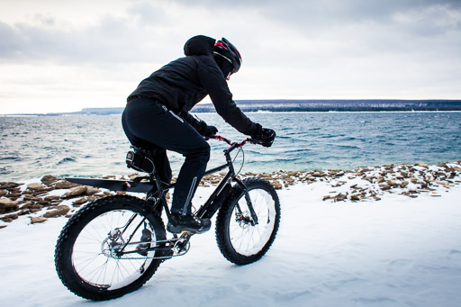winter mountain biking extreme sports man riding fat bike photos jp danko toronto commercial photographer blurmedia