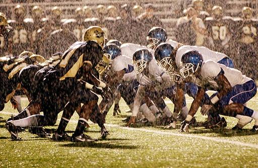 guyer-photography-football-rain