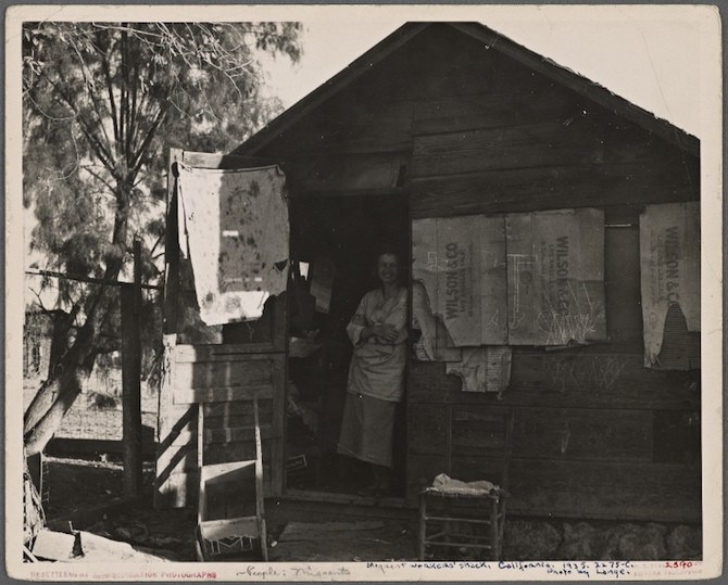 Migrant workers' shack. California. 1935.