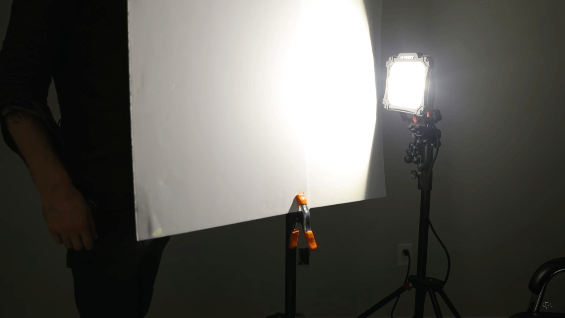 The cheapest and easiest DIY cinematic lighting setup to make at ...