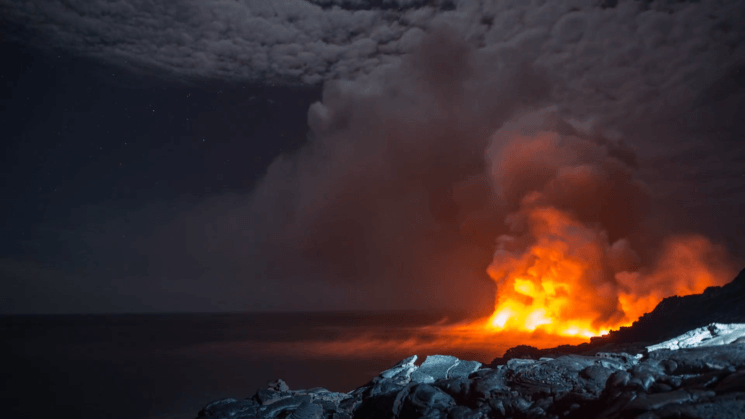 When fire meets water: this epic time-lapse captures the power of lava flowing into the ocean