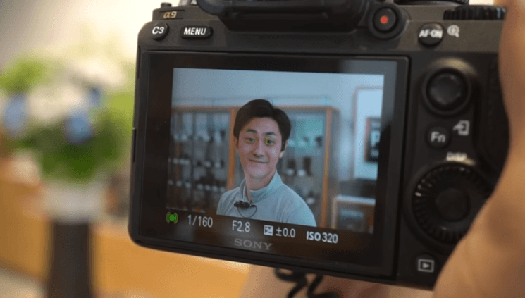 Eye-tracking autofocus on Sony a9 is pretty impressive, here's how it works