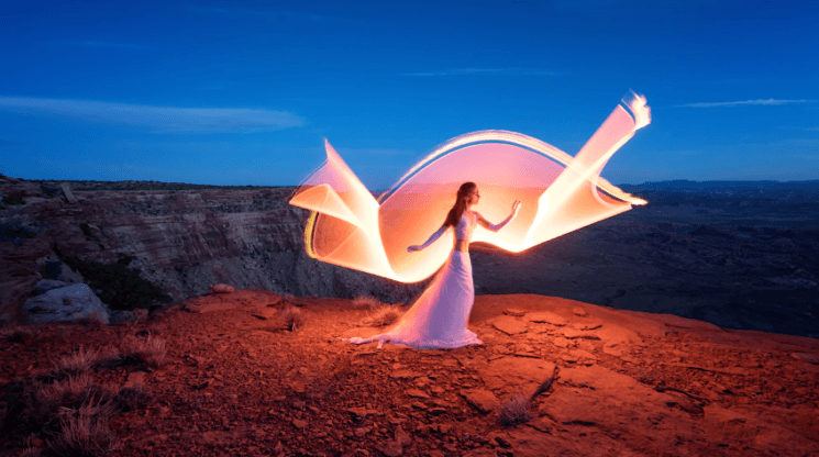 Here is how to overcome wind when light painting